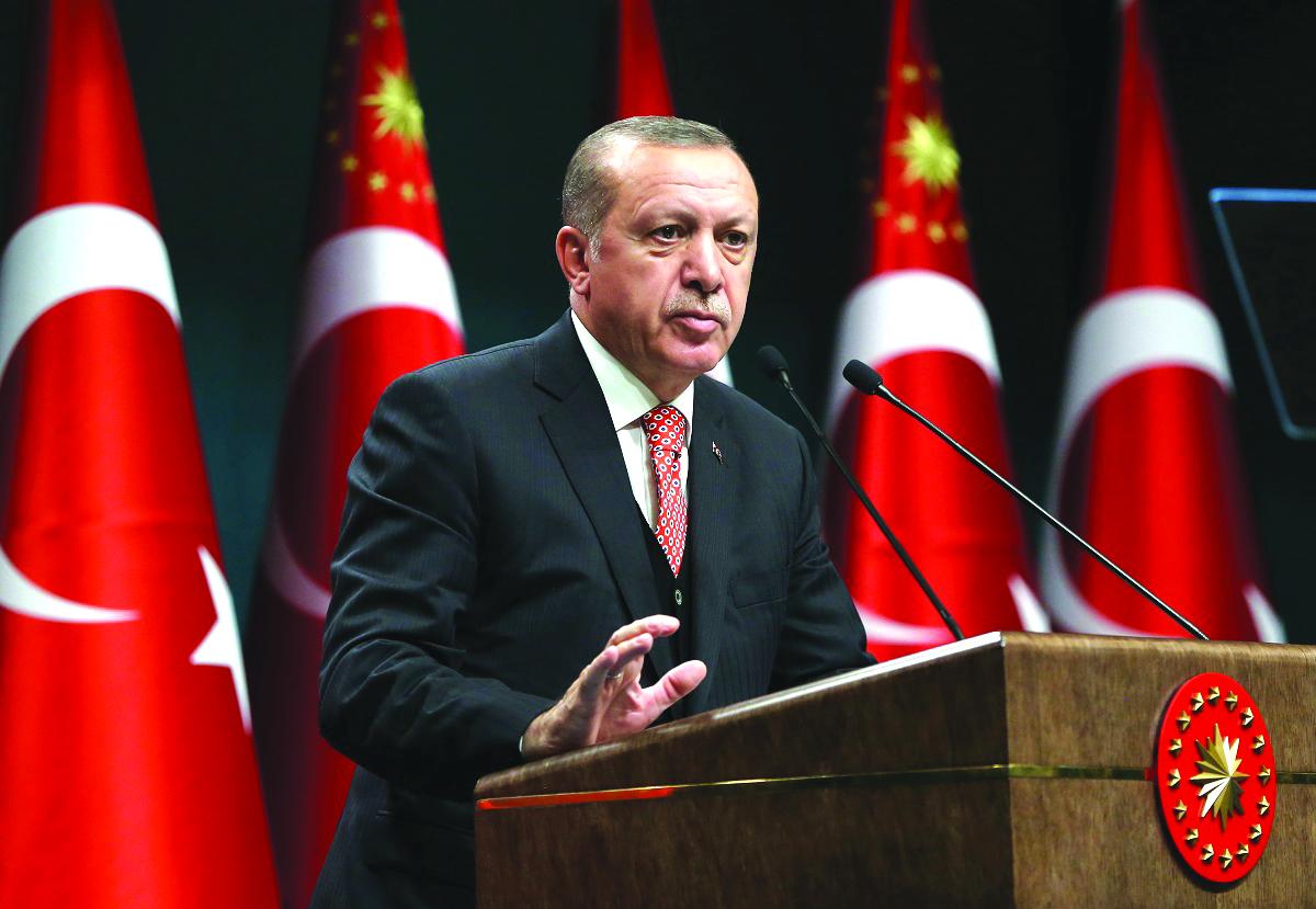 الرئيس أردوغان للرئيس الروسي: الهجمات وخروقات وقف إطلاق النار في إدلب من شأنها أن تتسبب بأزمة إنسانية كبيرة