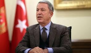 وزير الدفاع التركي: واشنطن اقتربت من وجهة نظرنا بشأن المنطقة الآمنة